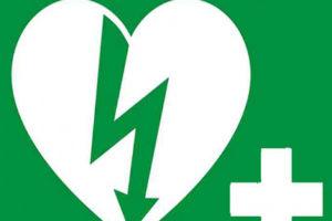 Dal 19 luglio obbligo del defibrillatore